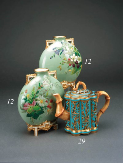 A Copeland reticulated teapot