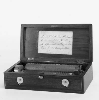 A small cartel musical box,