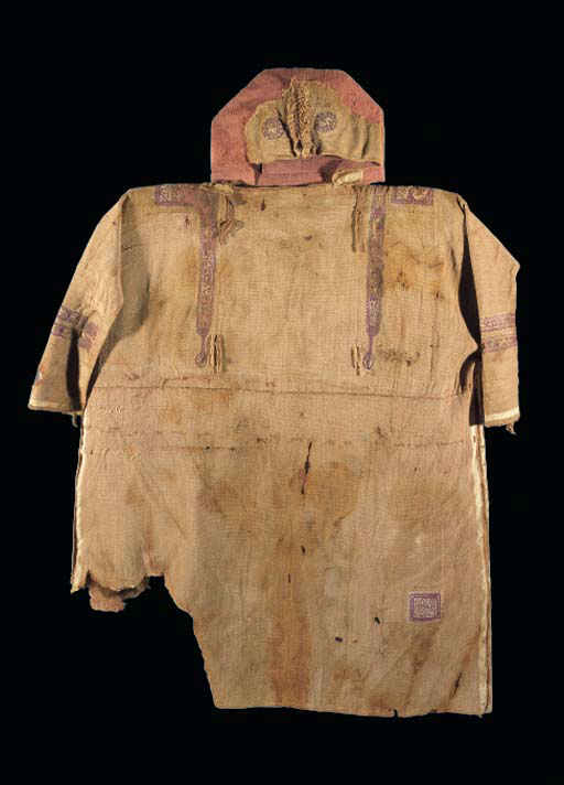 A COPTIC TEXTILE TUNIC WITH HO
