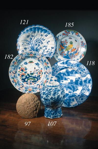 A Delft polychrome dish