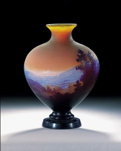 'VOSGES', A CAMEO GLASS VASE