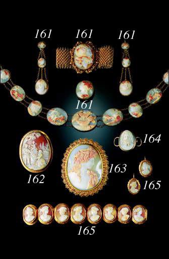 A shell cameo bracelet and earrings,