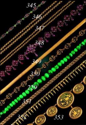 An antique gold chain,
