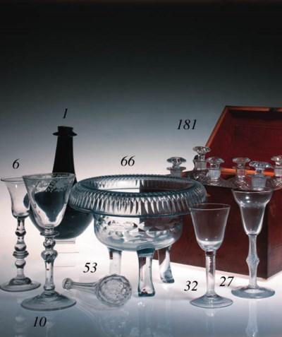A light-baluster wine glass