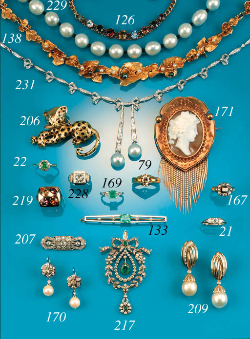 A diamond Art Deco panel brooch