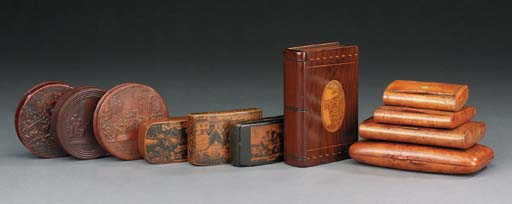A collection of treen items