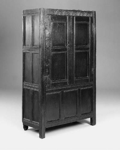 An oak cupboard, English, late