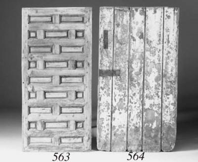A pine fielded panel door, 18t