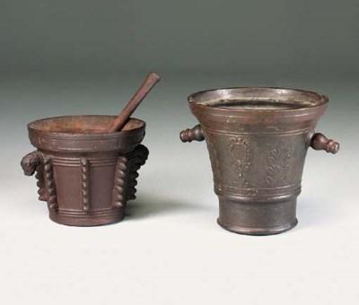 A Continental cast-iron mortar