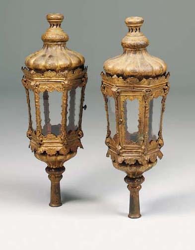 A pair of Venetian gilt repous