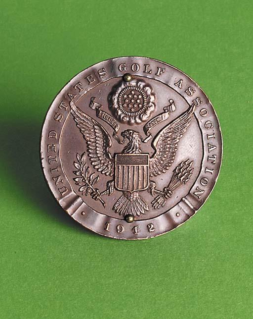 A BRONZE U. S. G. A. AMATEUR C