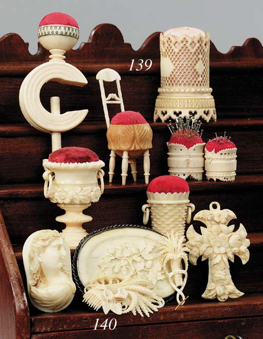 Five items of carved ivory, se