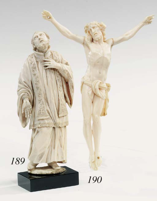 A Continental carved ivory Cor