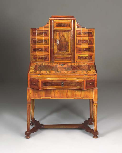 A German walnut, fruitwood-ban