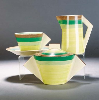 A Clarice Cliff green banded p