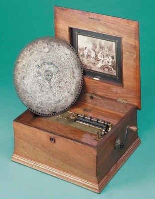 A 155/8-inch table Polyphon