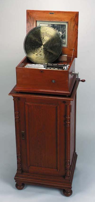 A fine 15¾-inch Symphoniontabl