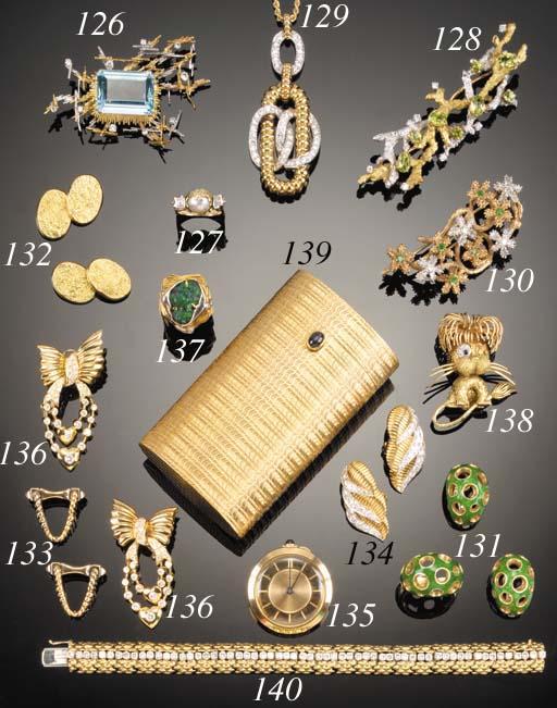 A pair of 18ct. gold cufflinks by Cartier,
