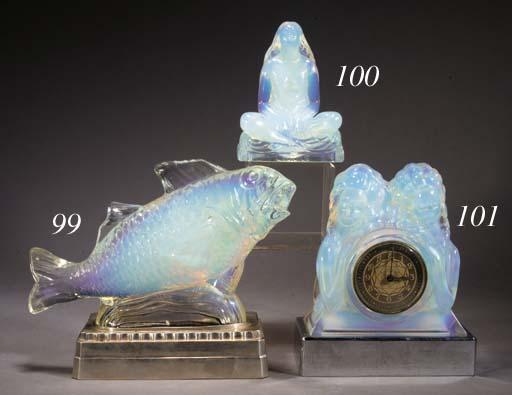 'L'IDOLE', AN OPALESCENT GLASS