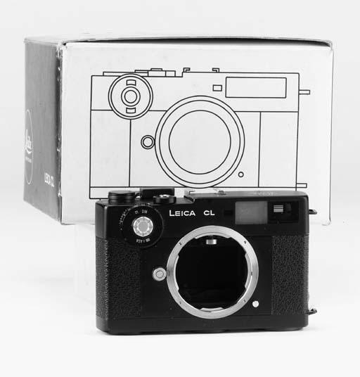 Leica CL no. 1327803