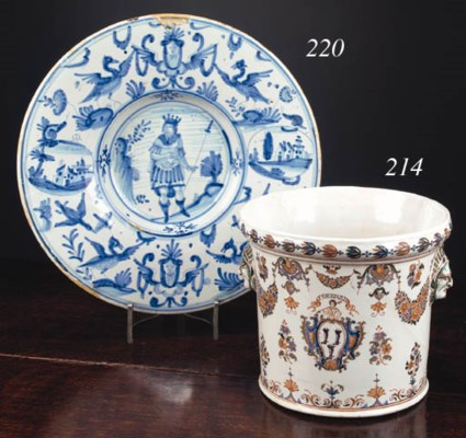 A Nevers blue and white dish