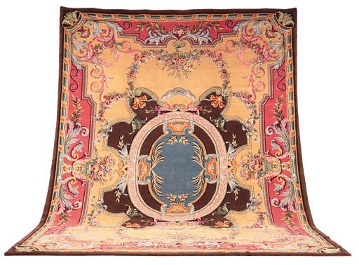 A fine Savonerie carpet, Franc
