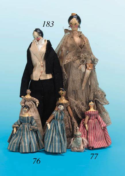 A pair of Grodnerthal dolls