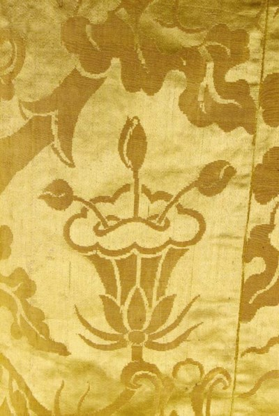 A joined coverlet of golden ye