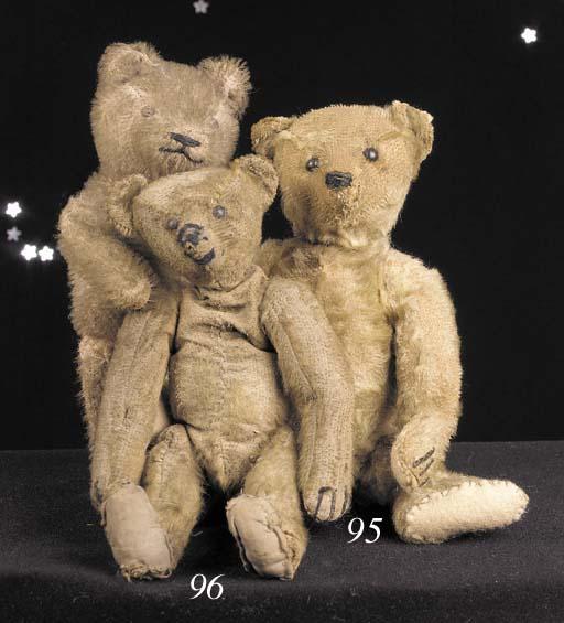 'Lewis', a Steiff teddy bear