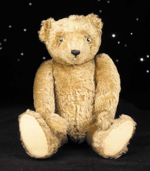 A fine Farnell teddy bear