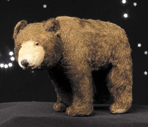A rare Steiff bear on all four