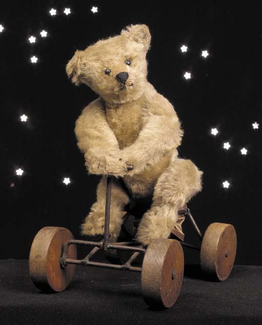 A rare Steiff Record teddy bea