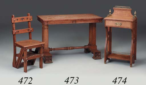 A late Victorian oak hallstand