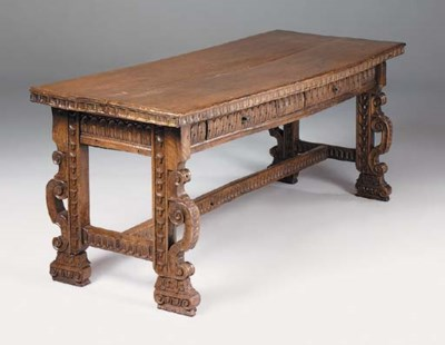 A Spanish walnut refectory tab