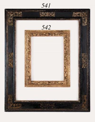 An Italian gilt composition fr