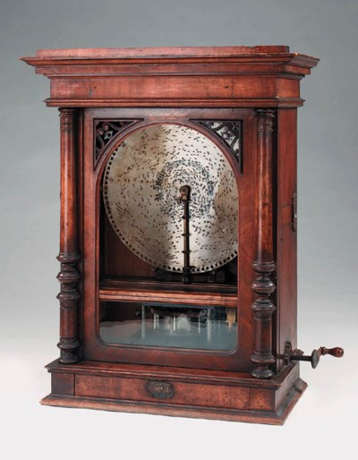 An upright 155/8-inch Polyphon
