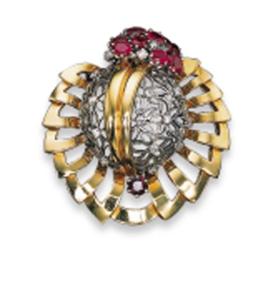 A RUBY AND DIAMOND CLIP BROOCH