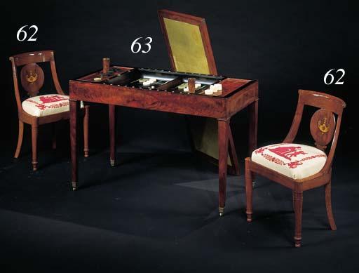 TABLE DE TRIC-TRAC D'EPOQUE LOUIS-PHILIPPE