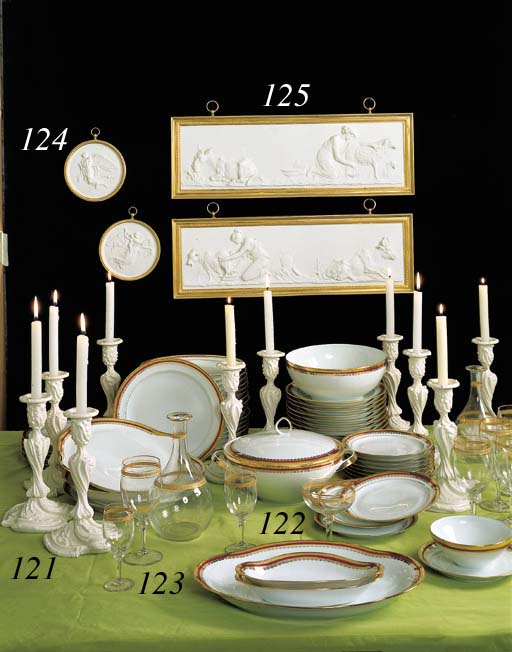 partie de service de table en porcelaine de limoges. Black Bedroom Furniture Sets. Home Design Ideas