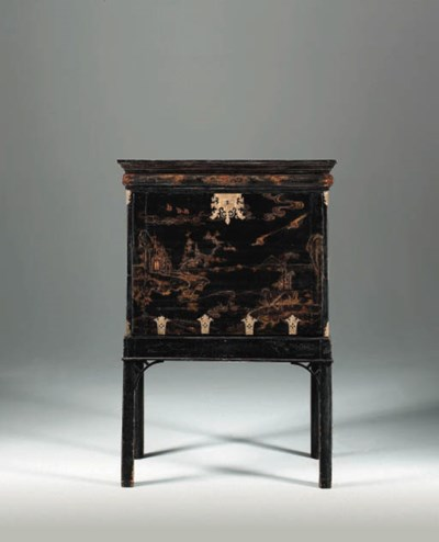 A CHINESE BLACK-AND-GILT LACQU