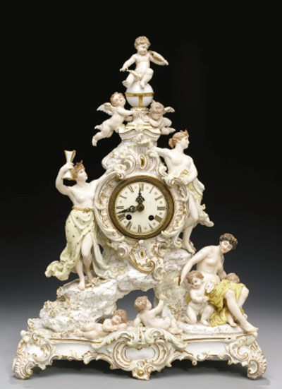 A MEISSEN NEO-ROCOCO MANTLE CL