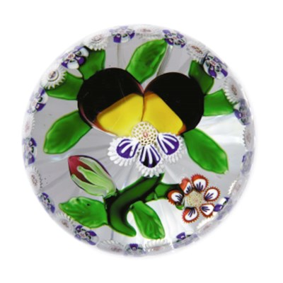 A BACCARAT GARLANDED PANSY WEI