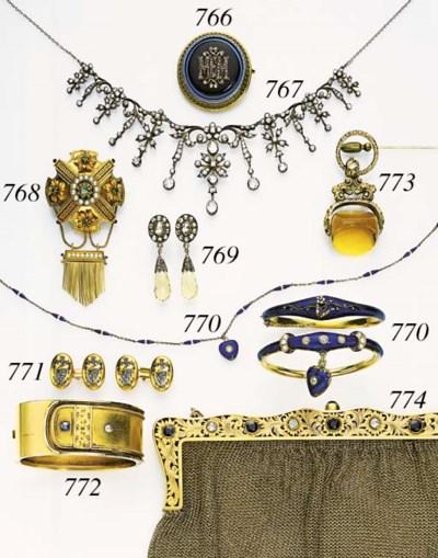 A GOLD, DIAMOND AND SAPPHIRE E