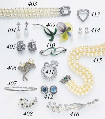 A THREE-ROW CULTURED PEARL AND