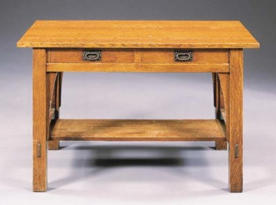 AN OAK LIBRARY TABLE