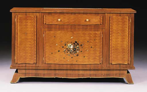 AN INLAID ROSEWOOD BAR CABINET