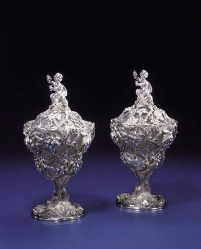 A PAIR OF FINE VICTORIAN SILVE