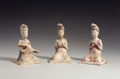 Three Painted Buff Pottery Fig