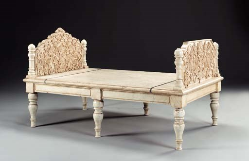 AN INDIAN WHITE MARBLE DAYBED