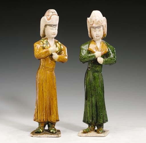 A Pair of Sancai-Glazed Potter